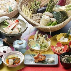 【2食付】旬の味わいを愉しむ!春〜秋スタンダードプラン