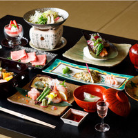 【秋冬旅セール】期間限定でお得!◆魯山人ゆかりの宿で味わうベストセラーの月替り懐石