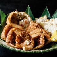 【初夏の美味】心が喜ぶ初夏の味〜北陸の希少な地物「毛蟹」と旬の食材を味わう【旬の食旅〜四季亭の蟹】