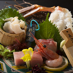 【地物活蟹会席】特撰黒タグ付き「橋立蟹」最上級の地物活蟹を焼蟹・蟹刺しと贅沢に味わう