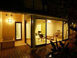南苑温泉露天風呂付客室【和室12+6畳・和小庭付】