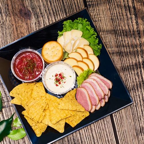 【クリフビールHiyagonFarm+チーズプレート付☆】お部屋でのんびりステイケーション☆朝食付