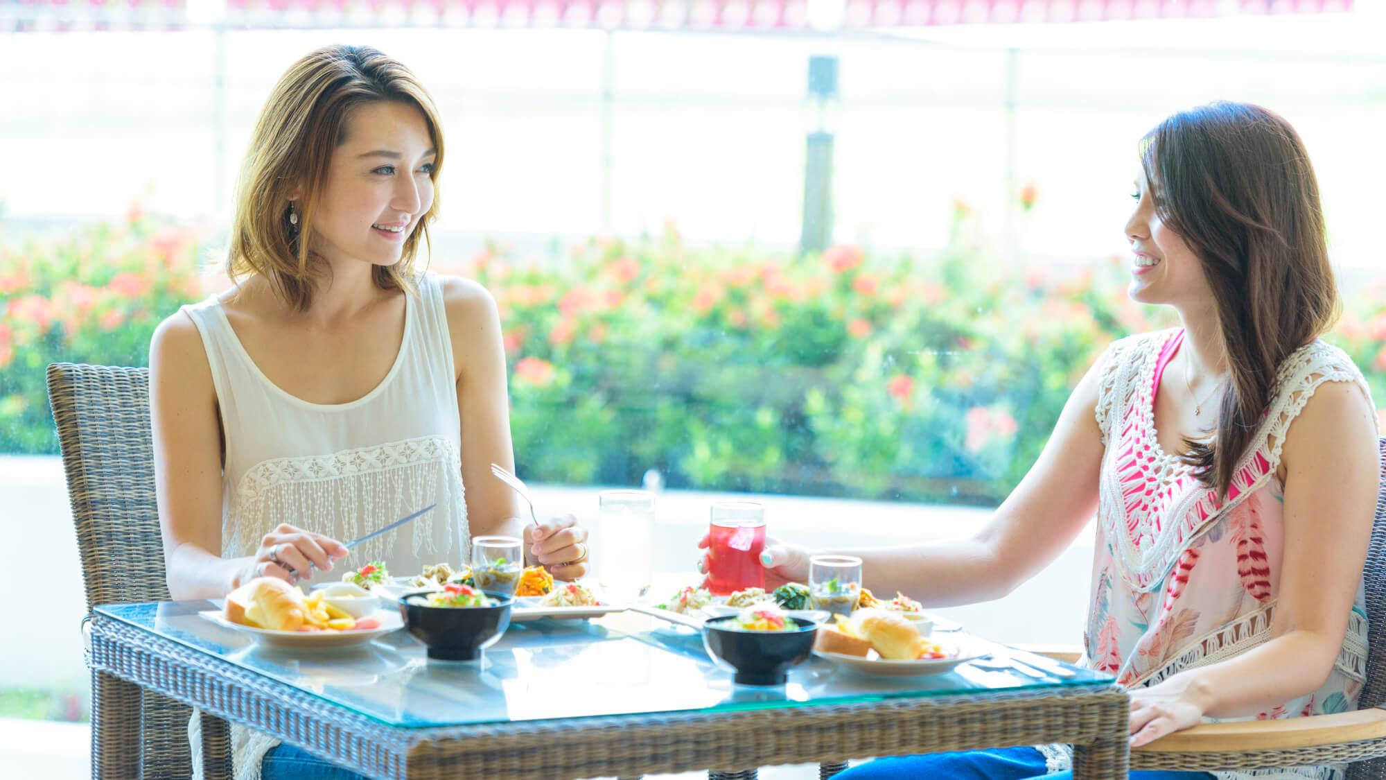 【さき楽60≫≫朝食付】60日前の早期ご予約でお先におトクに沖縄旅行♪