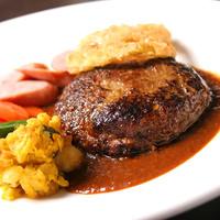 冬グルメの祭典♪ダブルメイン料理≪A≫ハンバーグ&ポーク食べ放題!パスタ&前菜・温菜もお好きなだけ