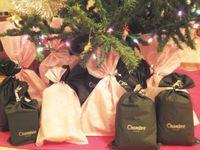 クリスマスデコレーションケーキとプレゼント付★ボブandルーシーのクリスマスカップルプラン★