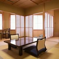 【檜内風呂付のお部屋】和室8畳+広縁