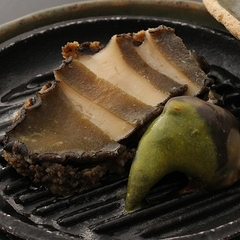 【季節の懐石+特別料理】活あわびステーキorやまゆり牛サーロインステーキ、選べる口福のステーキプラン