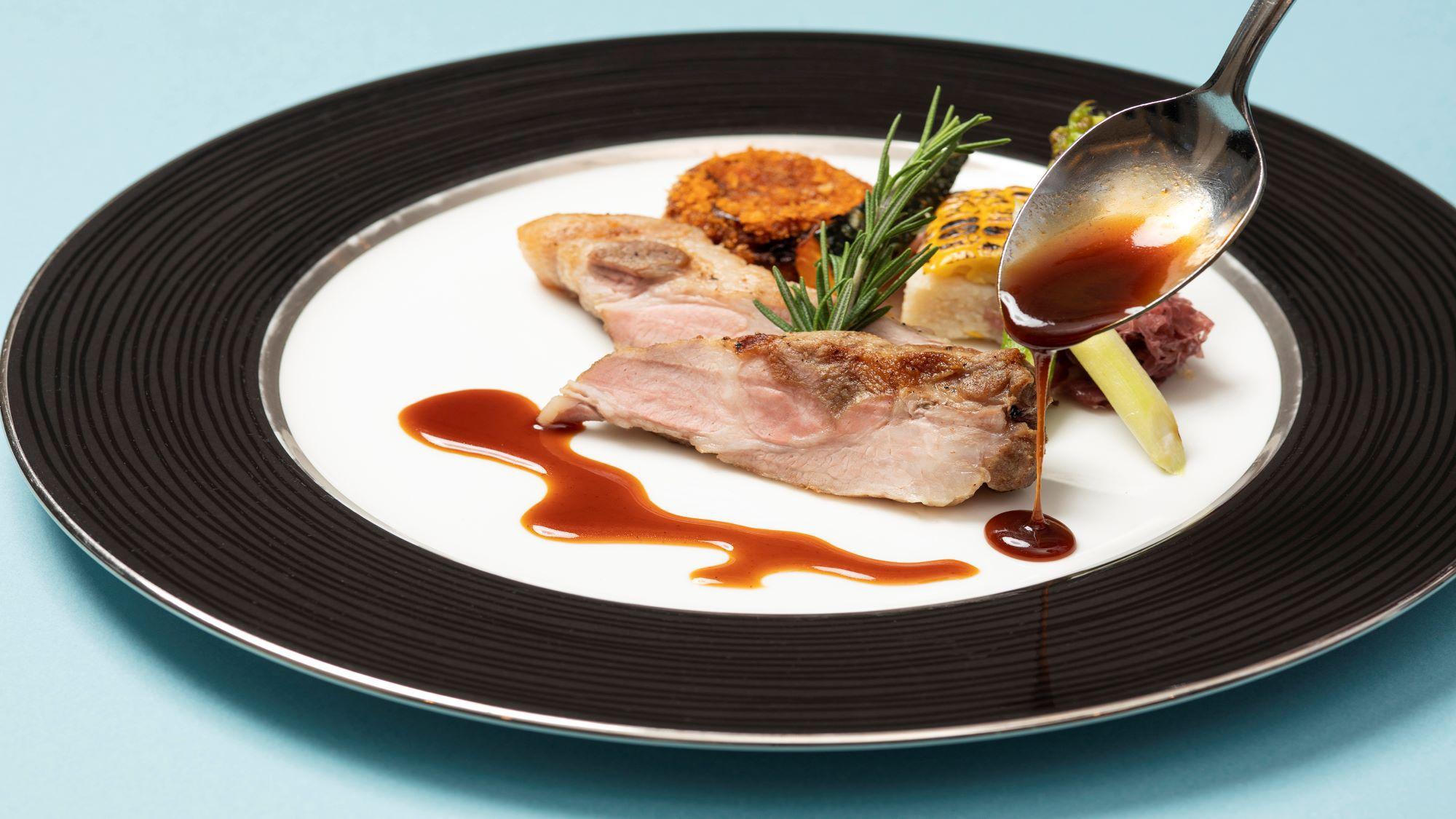 Dine & Stay〜お部屋で満喫おこもりステイ〜(インルームダイニング夕食付き)