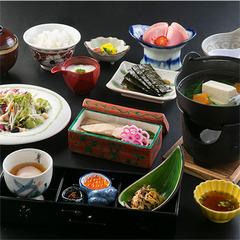 ☆ナガシマスパーランド、なばなの里まで15分☆素泊り朝食無料サービス!