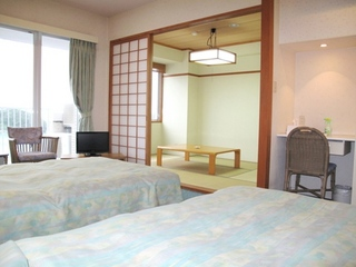 《ゆったり和洋室45平米》ベッド×2+和室【キッチン付き】