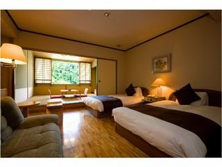 最上階和洋室【TW8畳】パウダールーム・ソファベッドB/T付