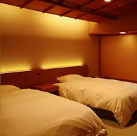 【次の間ベッド付特別和洋室】個室食事処 <禁煙>
