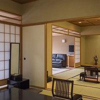 【最上階展望風呂付和スイート】個室食事処<禁煙>