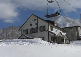 【お先でスノ。】牧の入高原スノーパーク、スキースノボペットとお泊まり、小学生リフト券無料プラン