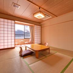 中禅寺湖が見える和室10畳(新館)