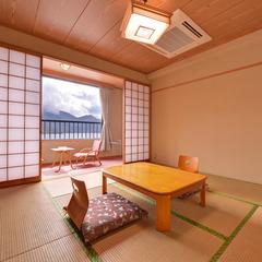 中禅寺湖が見える和室8畳(新館)