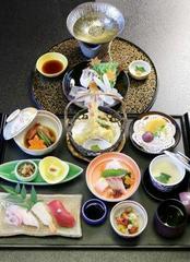 【御食事も重視】贅沢★季節のお魚のしゃぶしゃぶがメインの夕食★朝食付き