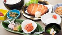 【選べるメイン/2食付き】旬魚のしゃぶしゃぶ/牛肉の朴葉焼から選択可能♪