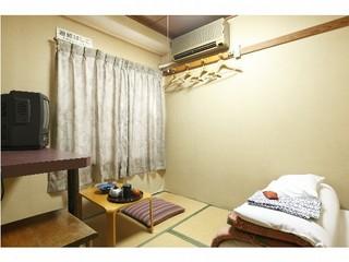 和室6畳(朝食付き)バス・トイレ共同