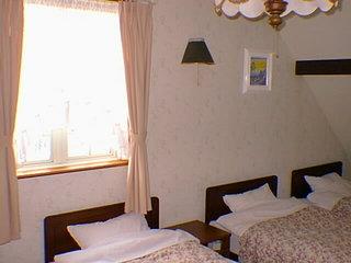 4名部屋(バス・トイレ付き)