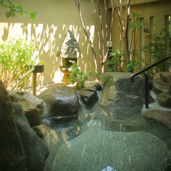【 西日本限定セール 】離れの露天風呂客室で優雅な滞在を■四季折々の『極み会席』