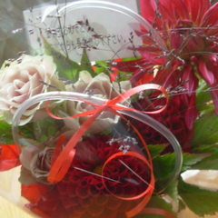 【部屋食】【Anniversary】記念日にお花&スパークリングワイン付!
