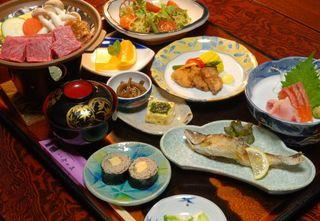 【夕食のみ】【温泉】地元上田市が推奨する地産地消推進店の味をお部屋食で気兼ねなく♪地酒もオススメ◎
