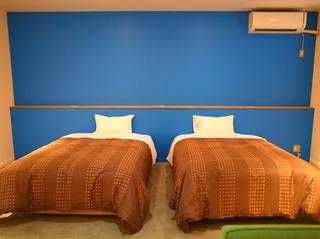家族で泊まっても同一価格!北欧テイストの広々17畳洋室ベッドルームを一部屋借り◎信州の名所巡りに♪