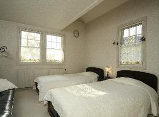 ツインベッドの洋室のお部屋