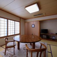 【芙蓉】テーブル付きの和室のお部屋 本館2階[禁煙]