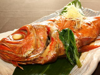 【平日限定】♪☆★▽▲◇ 金目の煮付け ☆★▽▲◇♪ 大好評!!平日限定メニュー&地魚盛り合わせ付