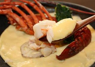 アワビの刺盛り!伊勢エビ蒸料理!金目の煮付けの海鮮中心メニュー【全12品和洋折衷料理】
