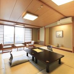 【楽風館】 和室12.5畳+広縁