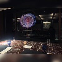 限定!★【花火を見ながらディナー】★最上階のレストランでフランス料理を愉しむ〜夕・朝食付き〜