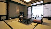 ◆1階・和室10畳◆庭園を眺める癒しの客室
