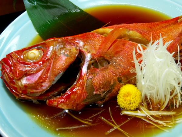 【部屋食】国登録有形文化財のお部屋:『金目鯛姿煮』が2名で1匹つく☆2食付
