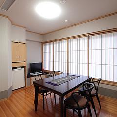平安亭ダイニング付和室(54平米)