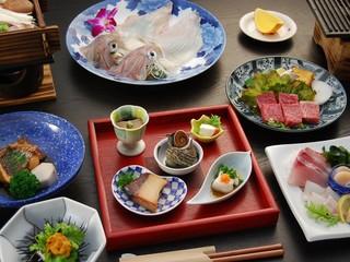 【佐賀牛・あわび・伊勢えび】メイン料理を選べるプラン
