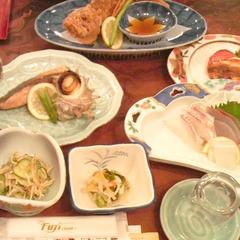 【スタンダード2食】新鮮な魚介類&自家農園の米・野菜の料理でほっとひと壱岐!※現金特価