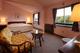 クイーンサイズダブルベッドルーム(2階・26平米、禁煙)