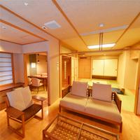 【半露天風呂付客室】【夕食お部屋食】3室限定!大切な人とプライベート空間で過ごす