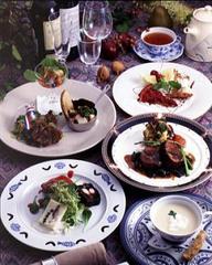 オススメ→【旬の特製ディナー】でゆるりとした時間を〜貸切ガーデン風呂も無料<2食付>
