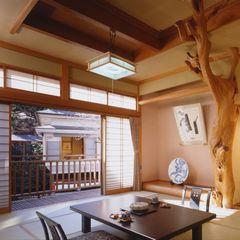 【早割:4〜6名限定】日本有数の強アルカリ泉と旬の会席料理を堪能!ワンランク上の女子会応援プラン