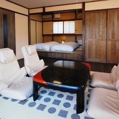 『秋月』源泉掛け流し露天風呂付客室離れ板の間12畳+和室6畳