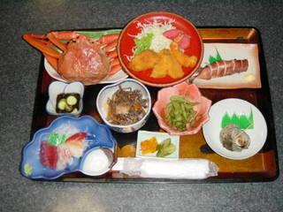 【スタンダードプラン】日本海の豊富な海の幸・季節の料理を満喫♪しらはま屋プラン☆