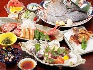 【一番人気】満腹のボリューム磯料理◆2名様〜マグロの兜焼き付き◆