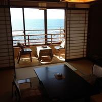 海の見える和室10畳【バス・トイレ付】