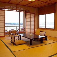海の見える和室12.5畳【トイレ付】