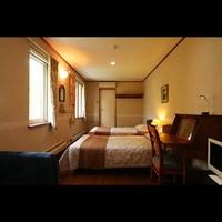ホテル風ツインルーム(バス・トイレ付)