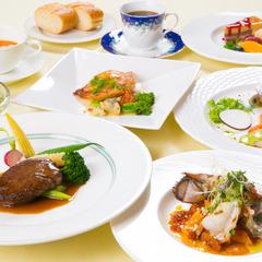 美人の湯と大分のマルシェ、別府湾を描き潮風香る絵画、お肉と海の幸フランス料理『汐彩』